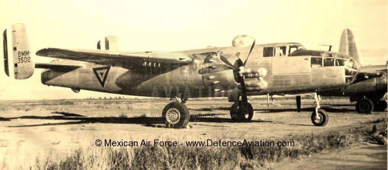 """Los  """"Clasicos"""" de la  FAM - Página 28 North-American-B-25J-Mitchell_mexican_airforce"""