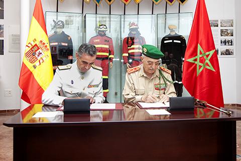 Coopération militaire maroco-espagnole - Page 2 2013_09_27_Visita_Jemad_Marruecos_01_m