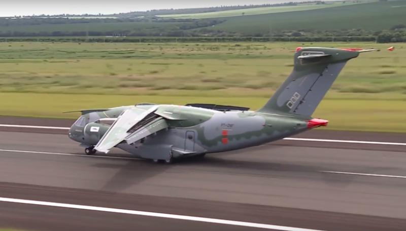 KC-390 Transport aircraft 173081_1