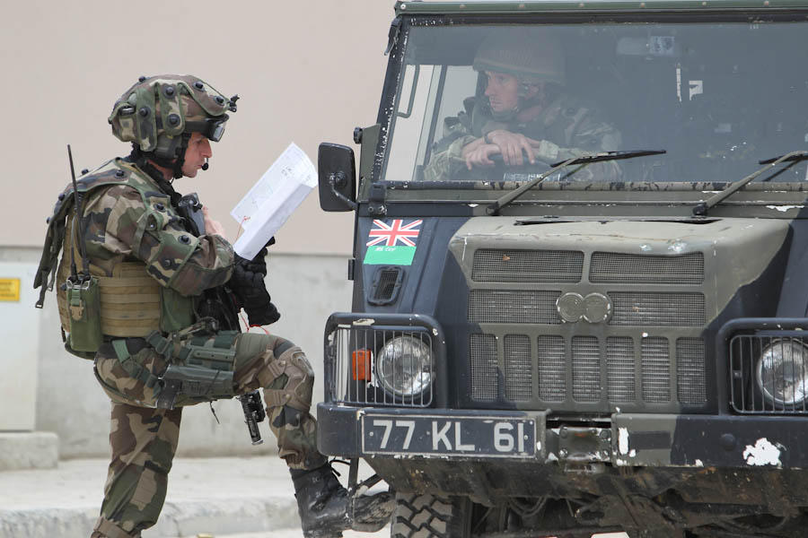 le CENZUB Exercice-bilateral-aux-cotes-d-une-unite-britannique-au-cenzub