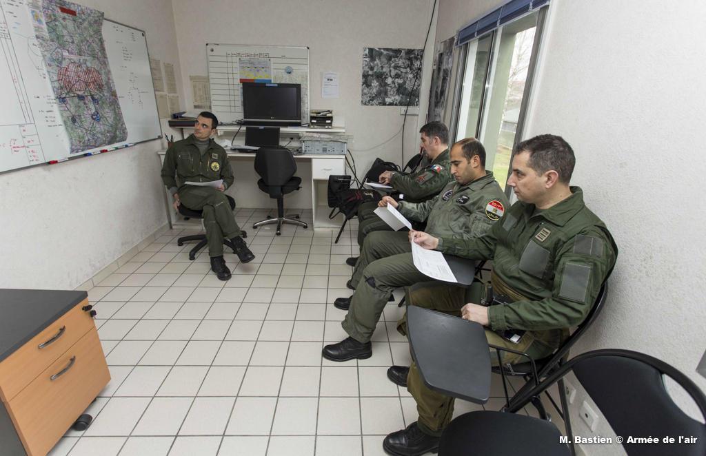 التعاون المصري الفرنسي - القوات الجوية - Briefing-avant-le-vol