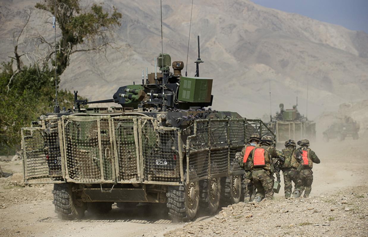 [1/35°] Guerre Occident-Iran, combat de rues quelque part en Iran Le-vbci-en-vallee-de-tagab-9