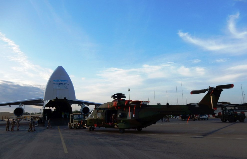 An-124 Strategic Transport: News - Page 3 20150729_bss_bkn_nmy_antonov_nh90_001
