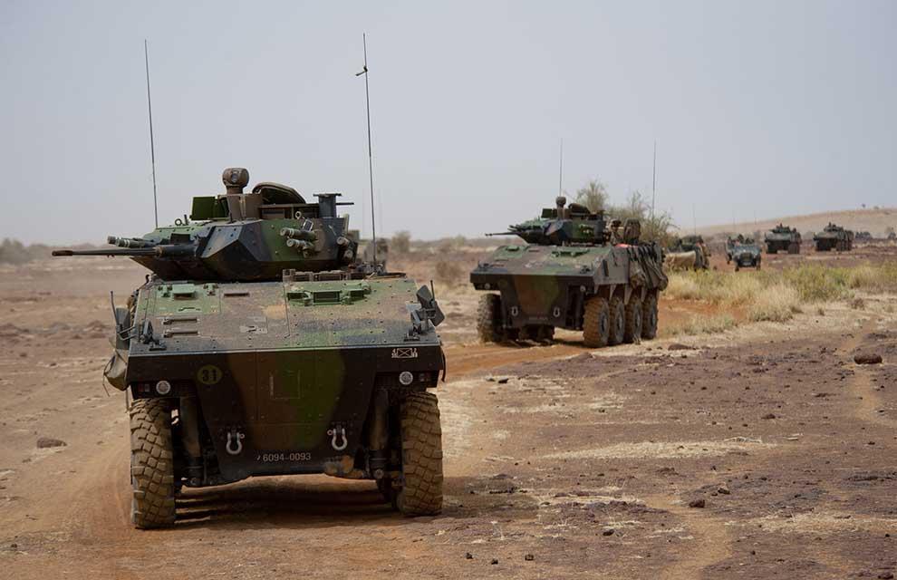 armée de terre - Page 2 Gao-patrouille-fr_malien