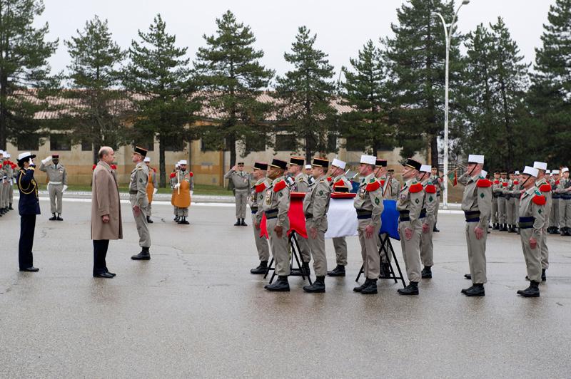 Les honneurs militaires ont été rendus au chef de bataillon Benoît Dupin, mort au combat en Afghanistan Hommage-cba-dupin-23-12-10