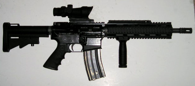 سلاح الـ m-16 M16%20VIPER-XRP%20with%20ACOG
