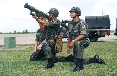 Venezuela sistema de defensa anti aérea Igla_misile_7