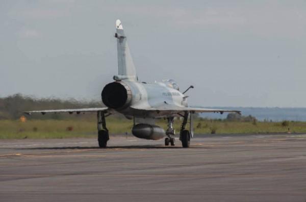 El ultimo vuelo del Mirage 2000 en la FAB M2000-19-600x396