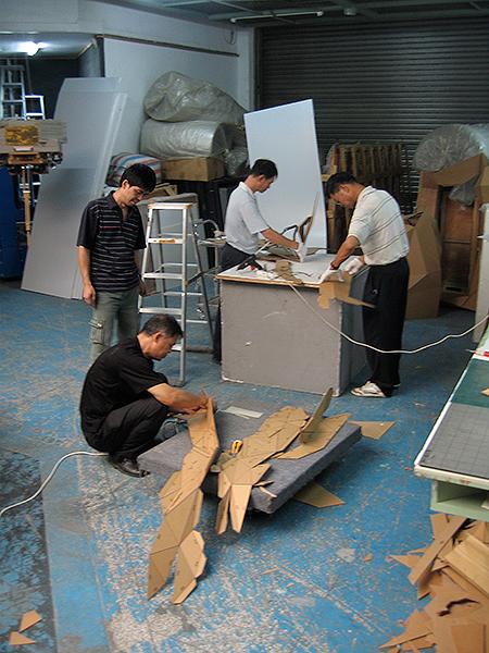 Joseph Delappe 25_cardboard-gandhi-china-progress
