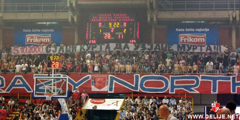Fenomenul Ultras in alte sporturi - Pagina 2 1112_cz_bayern_7