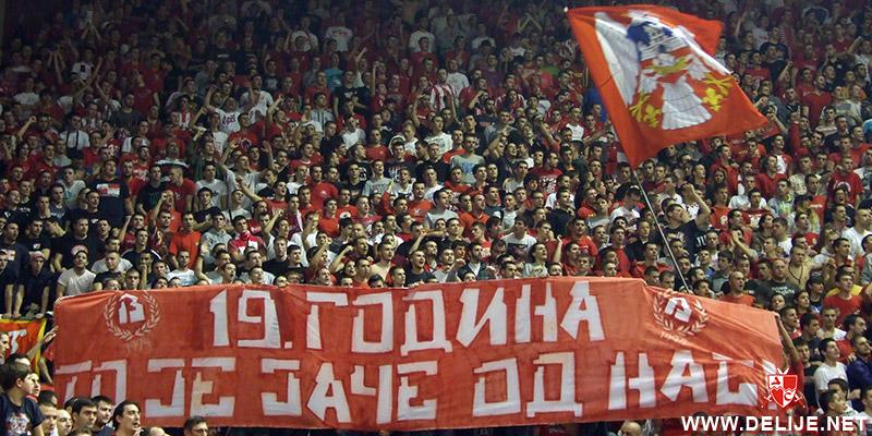 Fenomenul Ultras in alte sporturi - Pagina 6 1213_cz_galata_6