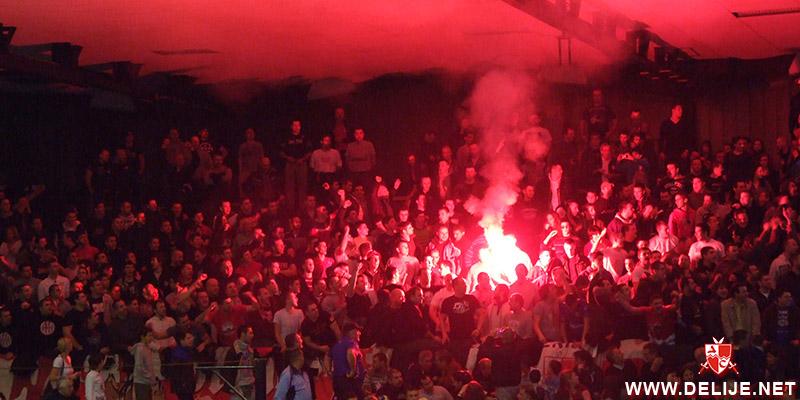 Fenomenul Ultras in alte sporturi - Pagina 6 1213_cz_par_vpolo_kup_1