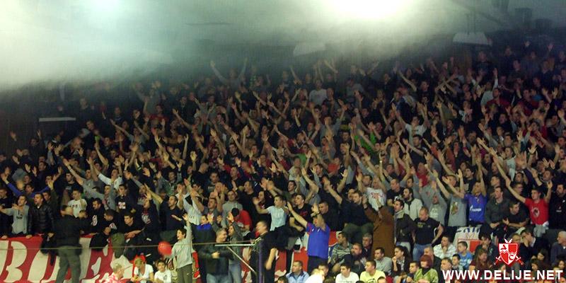 Fenomenul Ultras in alte sporturi - Pagina 6 1213_cz_par_vpolo_kup_2