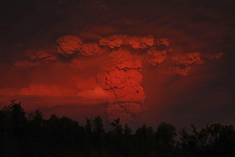 Как прекрасен этот мир Erupted-volcano-chile-francisco-negroni-11
