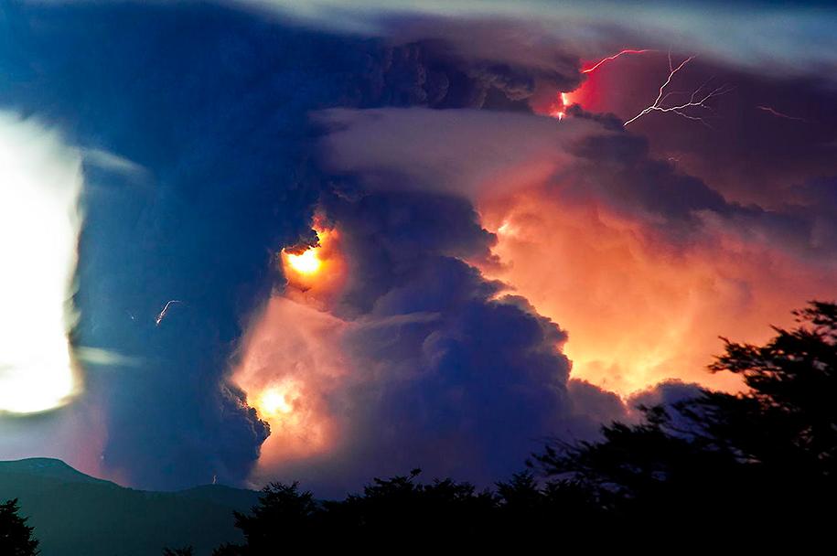 Как прекрасен этот мир Erupted-volcano-chile-francisco-negroni-15