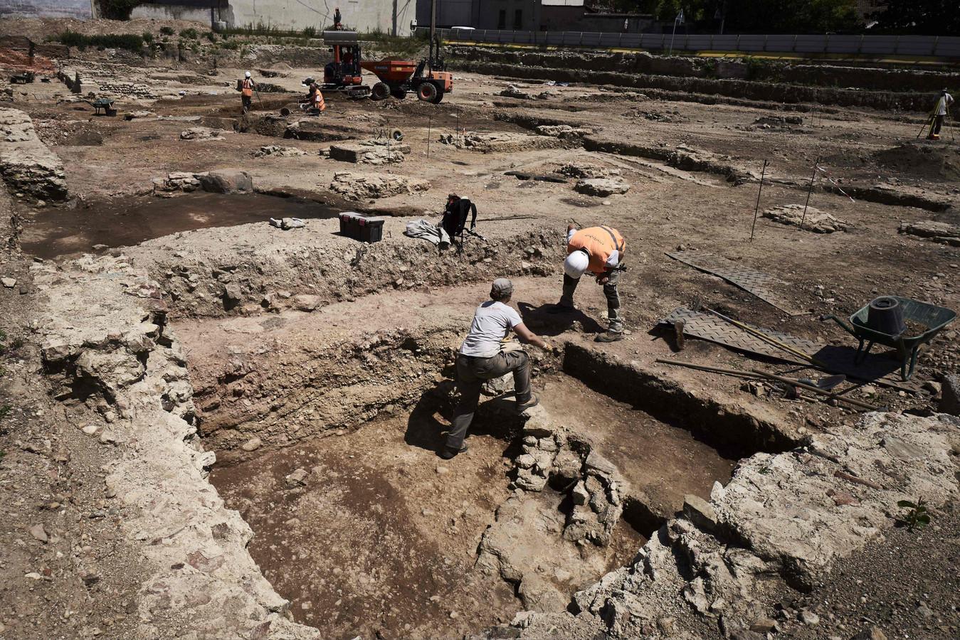 Cette « petite Pompéi viennoise », une découverte exceptionnelle de l'époque romaine ! Par Chloe P.                    Te%CC%81le%CC%81chargement