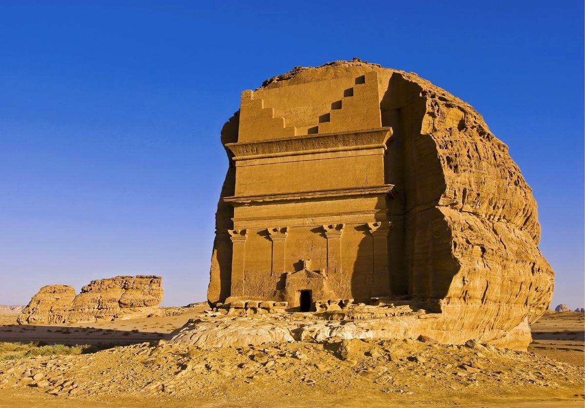 Arabie Saoudite : découvrez l'extraordinaire tombeau de Qasr al-Farid ! Par Clément P. Kiwi