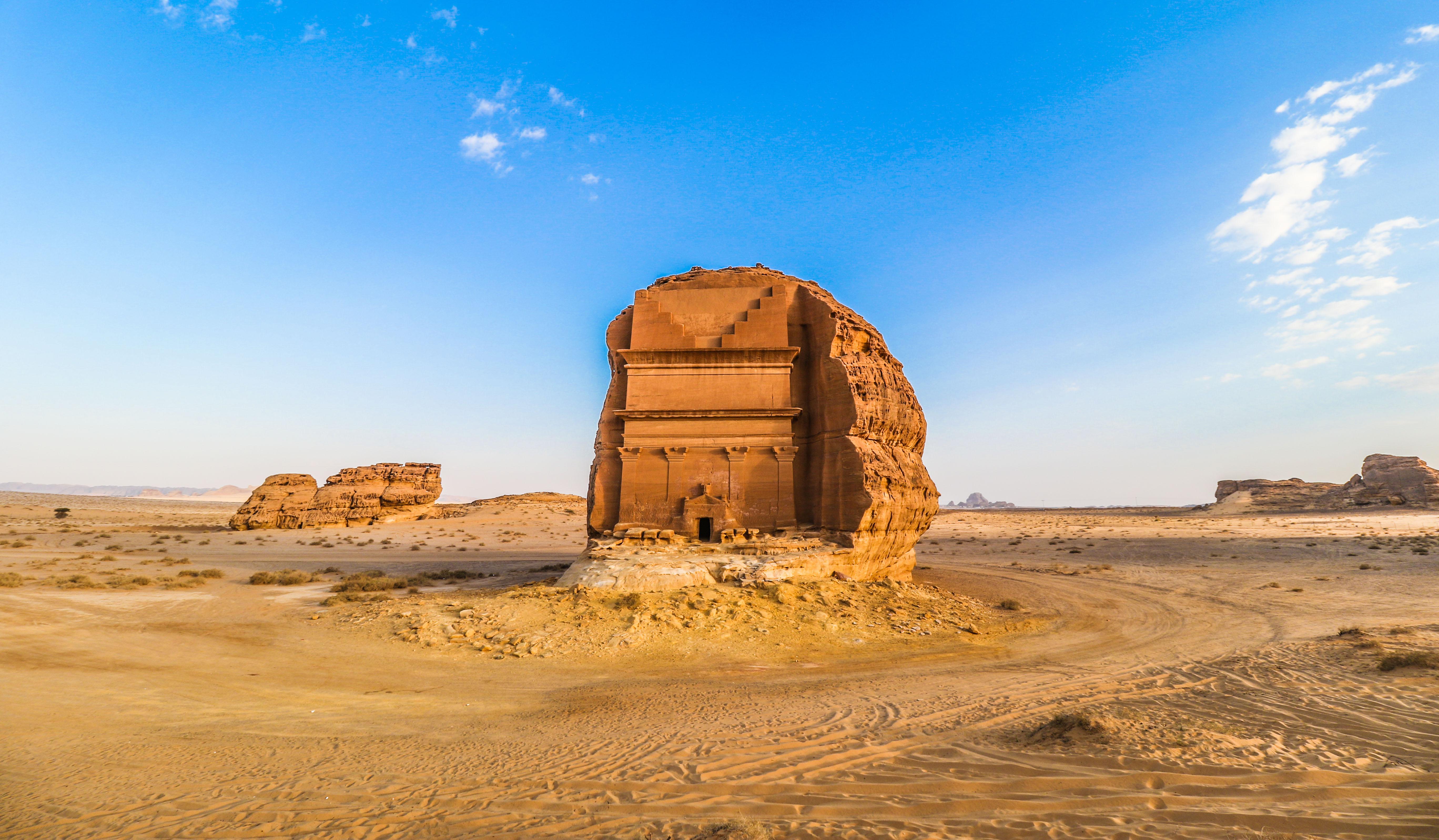 Arabie Saoudite : découvrez l'extraordinaire tombeau de Qasr al-Farid ! Par Clément P. Saudiarabiatourismguide