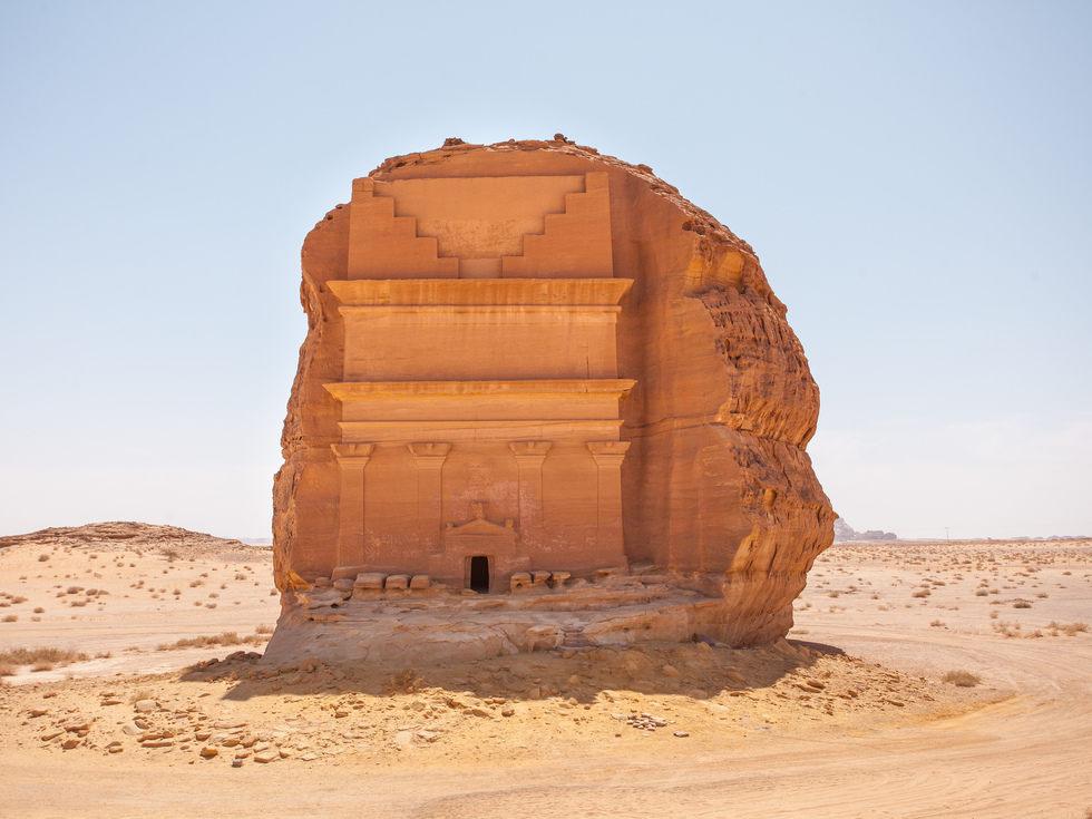 Arabie Saoudite : découvrez l'extraordinaire tombeau de Qasr al-Farid ! Par Clément P. Tomasz%20trionoskiiy