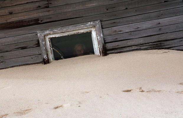 Shoyna : l'histoire d'un village de pêcheurs, transformé en désert de sable ! Par Nathan Weber(+vid.26mn sur Bidfoly.com) Village-sable-15
