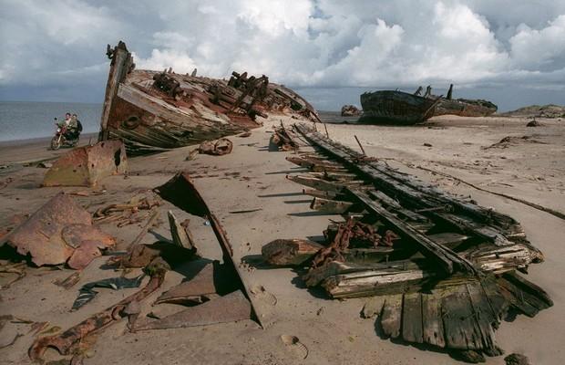 Shoyna : l'histoire d'un village de pêcheurs, transformé en désert de sable ! Par Nathan Weber(+vid.26mn sur Bidfoly.com) Village-sable-6