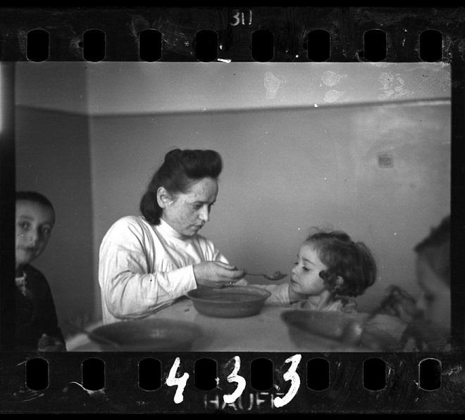 La vie horrible des Juifs Polonais dans le ghetto de Lodz ! Par Jérémy B.  23