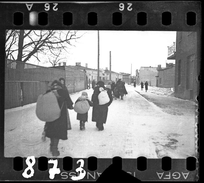 La vie horrible des Juifs Polonais dans le ghetto de Lodz ! Par Jérémy B.  6