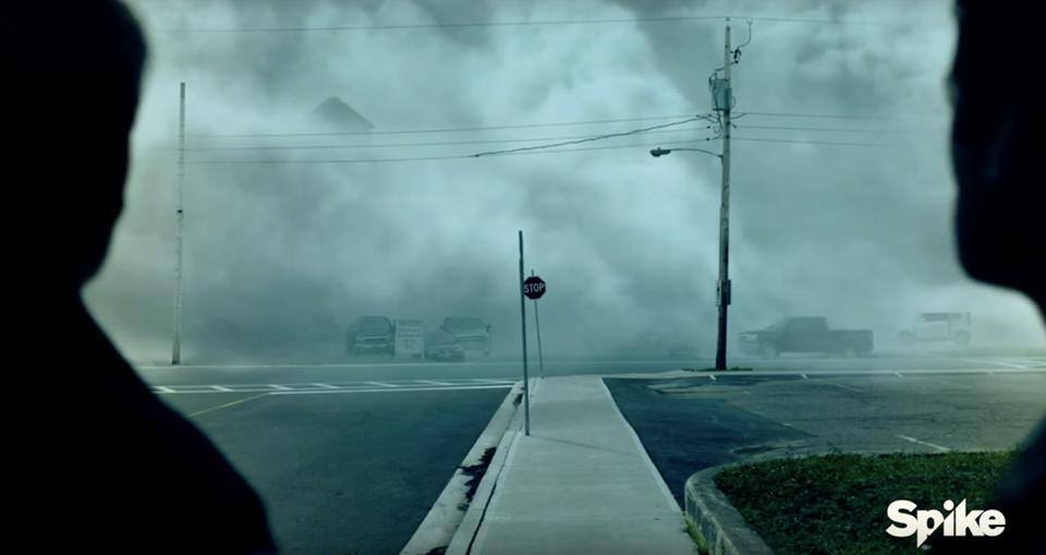 «The Mist» de Stephen King : une série télé bien angoissante va voir le jour. Par Marine B.                       17910764_1451487378237243_947029426_n