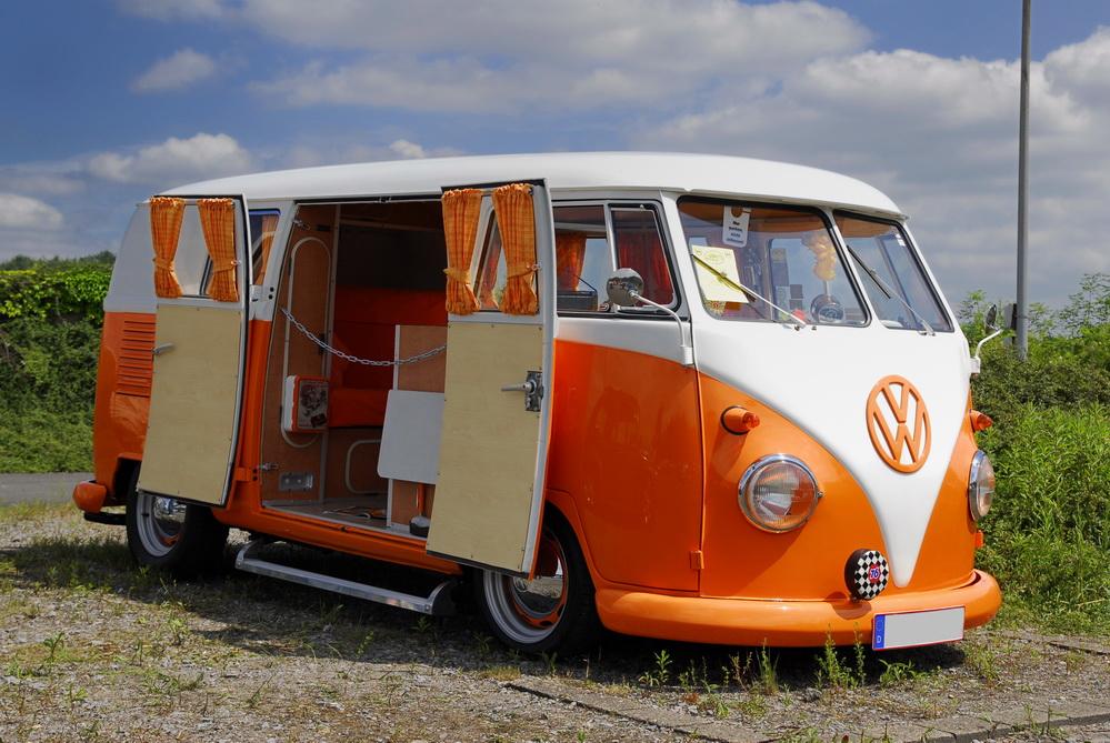16 des plus beaux combi Volkswagen, pour fêter les 70 ans du célèbre véhicule ! Par Clément P.                            Myvwcampervan