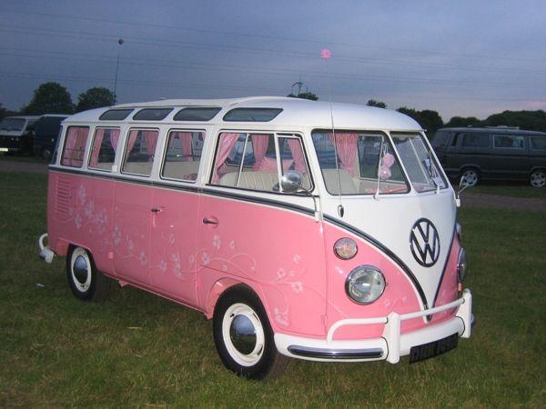 16 des plus beaux combi Volkswagen, pour fêter les 70 ans du célèbre véhicule ! Par Clément P.                            Pinimg