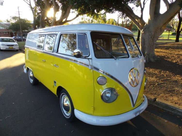 16 des plus beaux combi Volkswagen, pour fêter les 70 ans du célèbre véhicule ! Par Clément P.                            Sunrisecars