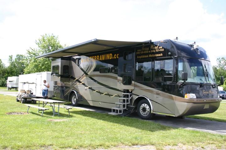 « Terra Wind » : le camping-car grand luxe amphibie qui repousse les limites ! Par Clément P.               IMG_3876%205x3%20%28Small%29