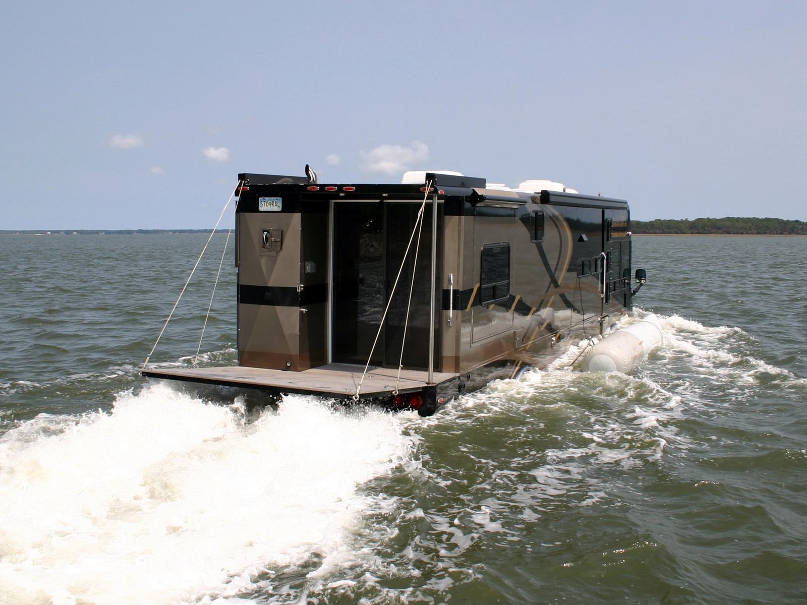 « Terra Wind » : le camping-car grand luxe amphibie qui repousse les limites ! Par Clément P.               Wheelsage