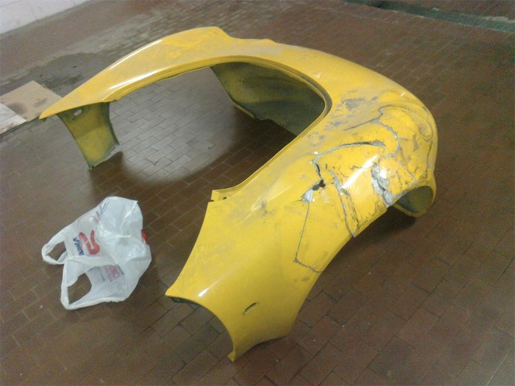 clamsheel S1 danneggiato 2013716153556_Foto0118