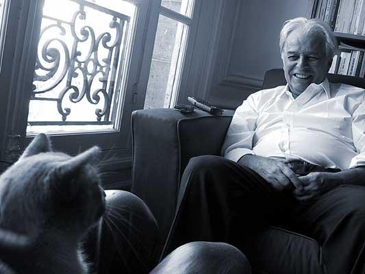 """Ходоровский (Кино) """"Я думаю, что будущее общество будет разделено на круглых светящихся людей и бегемотов"""" Jo_smiles_to_cat"""