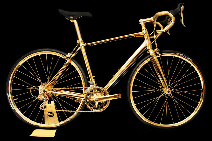 Pour ceux qui leur reste encore du pognon ... Goldgenie-24K-gold-racing-bike-designboom01