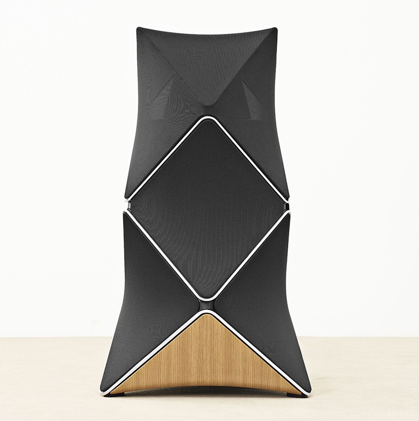 """La """"última"""" bala de B&O - Página 2 Bang-and-olufsen-beolab-90-speakers-designboom-04-818x822"""