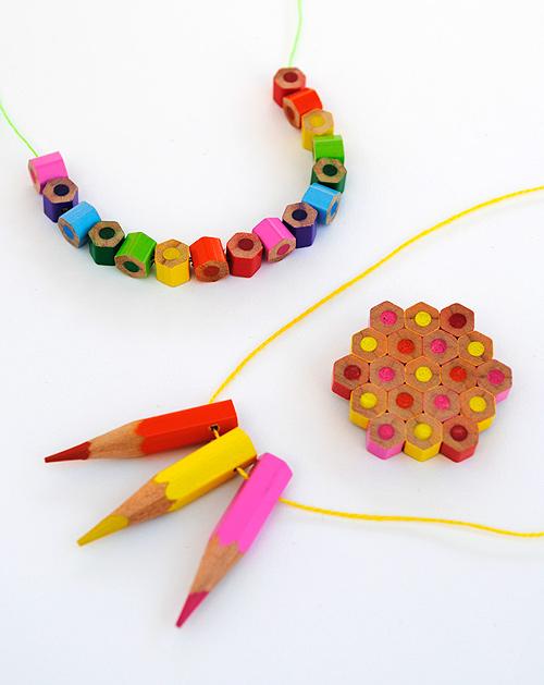 grilles gratuites, tricot, couture, brico, etc... Crayon-beads-1