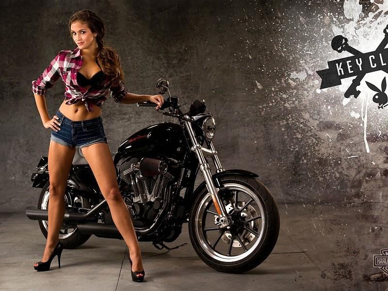 salutations kissiennes. - Page 40 Harley-davidson-girls-pictures-images-9085