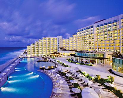 Vigilancia en Cancun para la Convención de la ONU sobre cambio climático. Cancun-palace