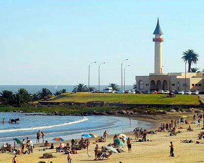 Urugvaj - Page 2 Beach-resorts