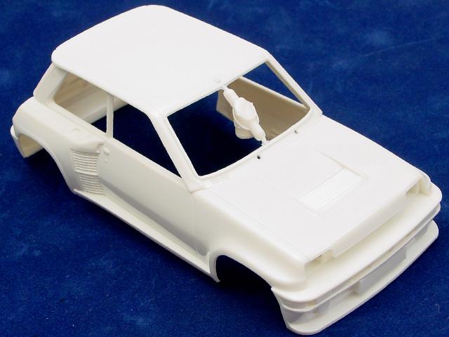 Montage maquette R5 Turbo 1 Client bleu [Tamiya 1/24] R5-2