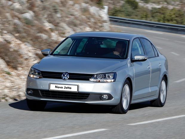 Sobre Volkswagen Jetta 2012 JettaComfortline_01