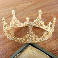 تيجان ملكية  امبراطورية فاخرة Baroque-style-fashion-vintage-gold-wedding