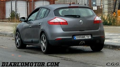 2009 - [Renault] Megane III RS - Page 2 Dsc_0378-copia