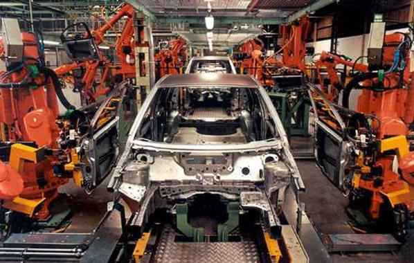 El gobierno aumenta el IVA al 18% Fabrica-coches