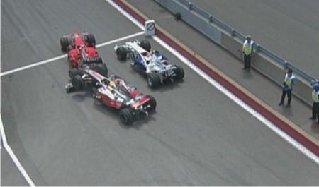 El Comportamiento en Pista Hamilton-raikkonen-accidente-pit-lane-canada-2008