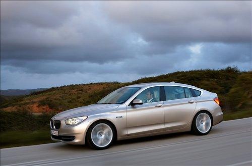 *** بــــــي ام دبــــــلــــــيــــــو 2010 *** 2010-BMW-5-Series-Gran-Turismo-car-pictures
