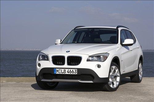 *** بــــــي ام دبــــــلــــــيــــــو 2010 *** 2010-BMW-X1-car-pics