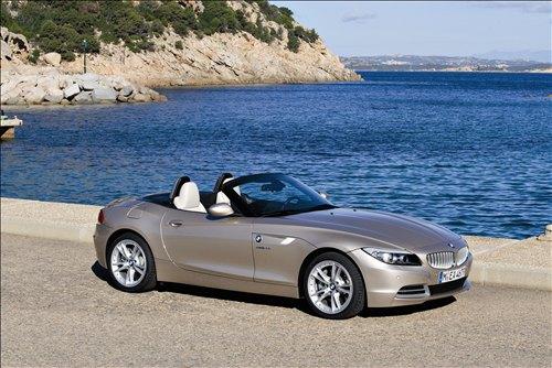 *** بــــــي ام دبــــــلــــــيــــــو 2010 *** 2010-BMW-Z4-car-wallpapers